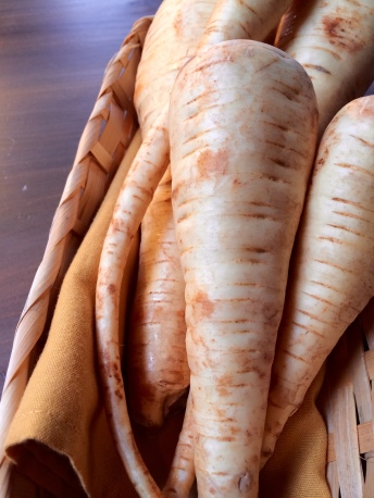 parsnips_cooking tips_winter_root vegetable